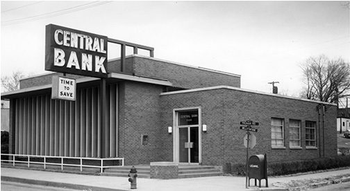 1951 image of Central Bank